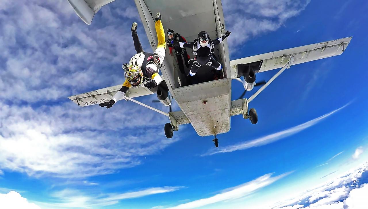 skyforce skoki w tandemie - Samolot