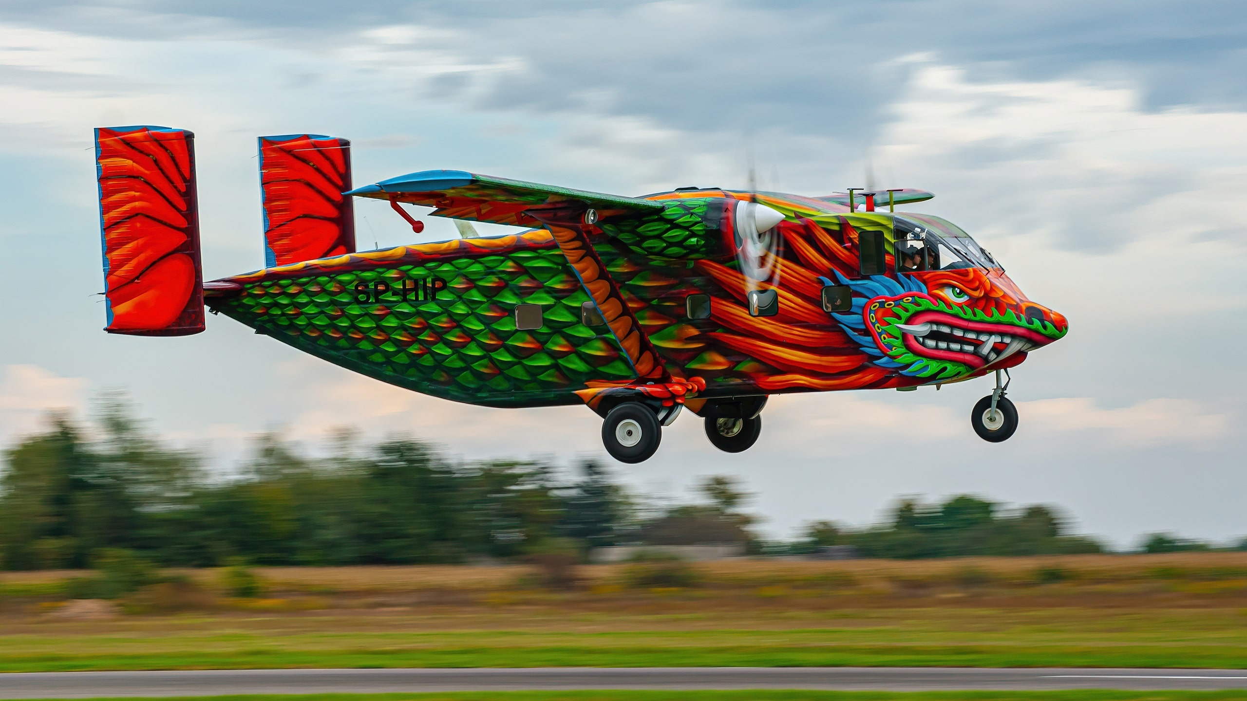 13 s - Samolot