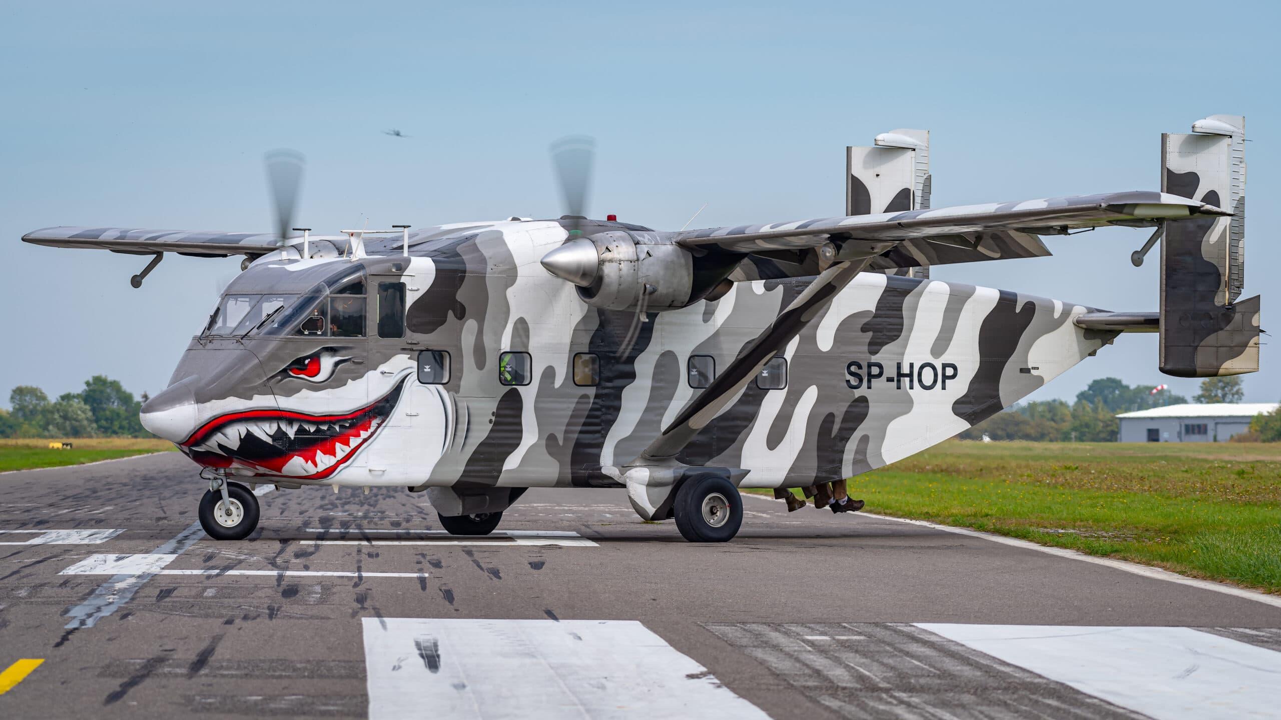 7 scaled - Samolot